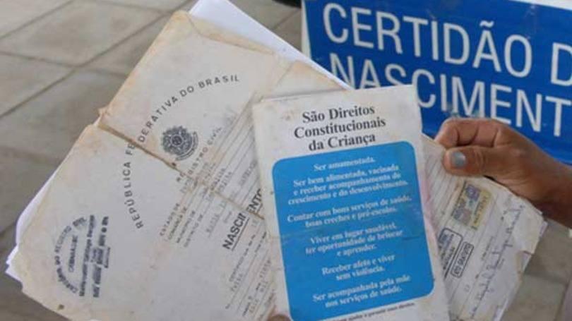 2 Via Certidão de Nascimento Gratuita (Foto: Editora Abril)