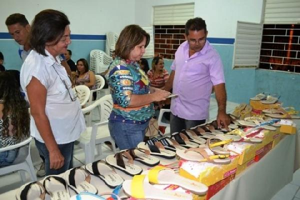 o curso capacita profissionais para trabalhar na indústria calçadeira (Foto: Divulgação)