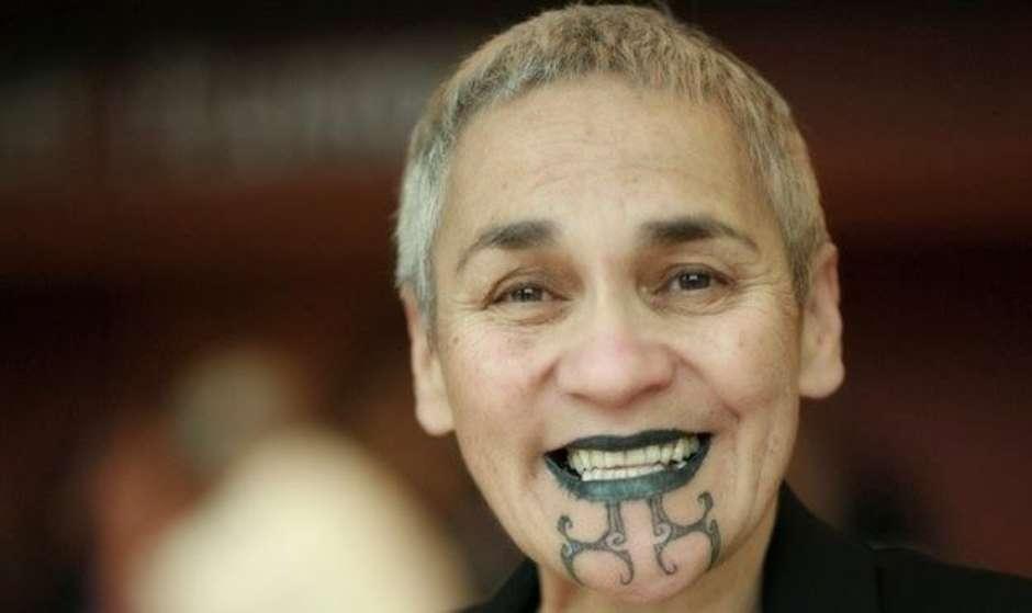 Experimente a tatuagem maori (Foto: Site Terra)