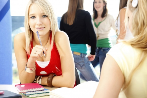 Os cursos aprofundam os conhecimentos teóricos e práticos. (Foto Ilustrativa)