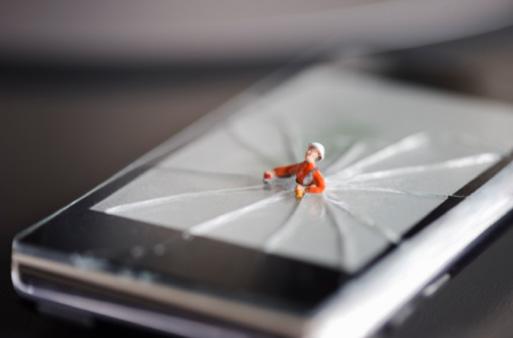 Se você perder a garantia do equipamento terá que pagar para que a assistência técnica dê jeito nos seus equipamentos (Foto: Divulgação)