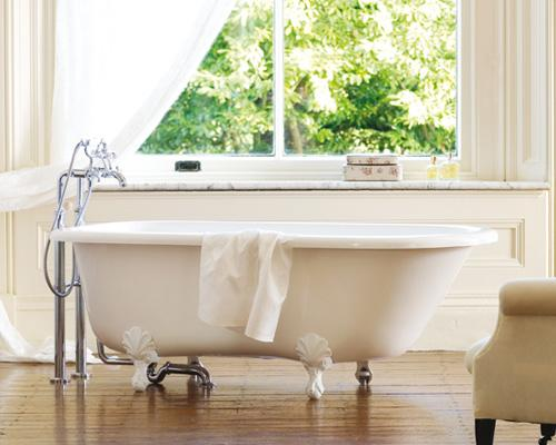 banheira branca (Foto Divulgação: MdeMulher)