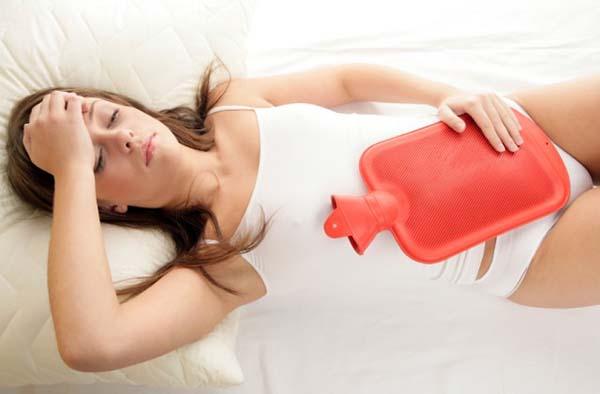 O atraso da menstruação pode causar incômodo na mulher (Foto: Reprodução)
