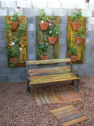Decoração com madeira de demolição no Jardim de inverno (Foto Divulgação: Casa/Abril)