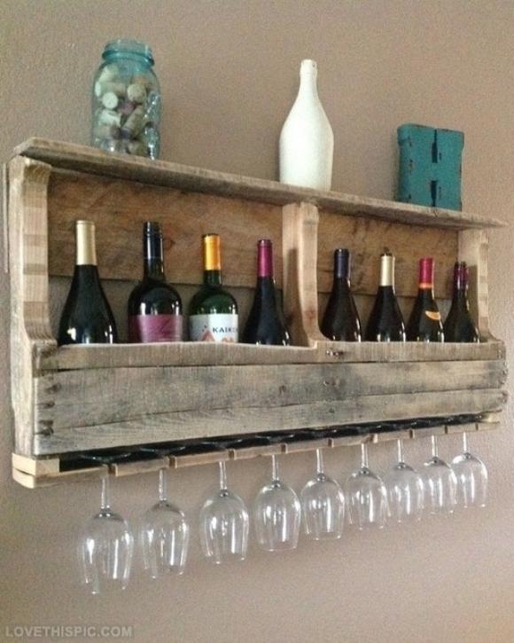 Vinhos organizados em um pallets. (Foto: Reprodução/ Donnaclick)