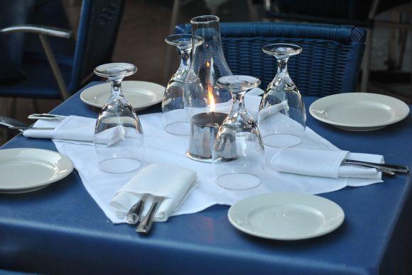 Se você trabalho no setor de atendimento em restaurantes, não deixe de conferir os cursos grátis (Foto Ilustrativa)