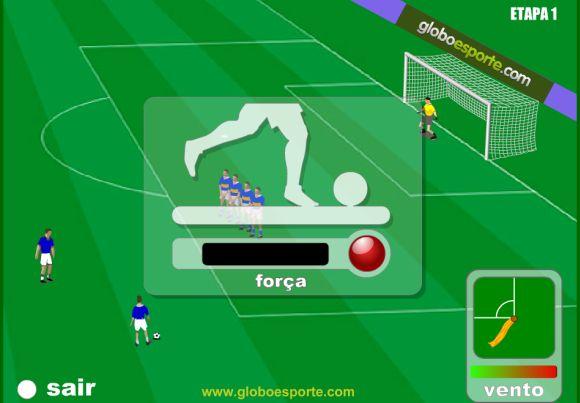 Você pode definir a força, a direção e o efeito de curva da bola (Foto: Reprodução Globoesporte.com)