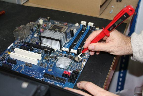 Profissionais da área de informática também encontram boas chances de emprego (Foto Ilustrativa)