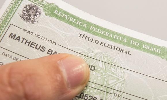 A solicitação pode ser iniciada pela internet. Foto: Rafael Neddermeyer/ Fotos Públicas