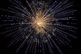 Simpatias para 2016: Dicas Ano Novo, Banhos Mágicos, Dinheiro, Fartura, Amor e Abundância