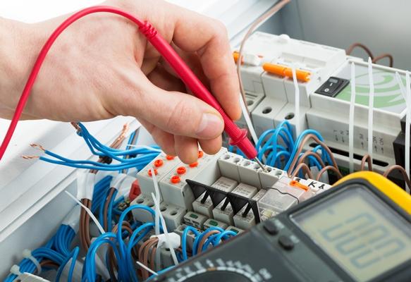 O curso profissionalizante de eletricista é uma opção. (Foto Ilustrativa)