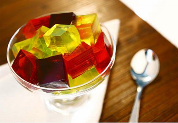 A gelatina sacia a fome e tem poucas calorias (Foto Ilustrativa)