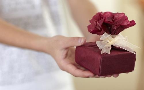 5 passos para escolher o seu presente de amigo secreto (Foto: Divulgação)