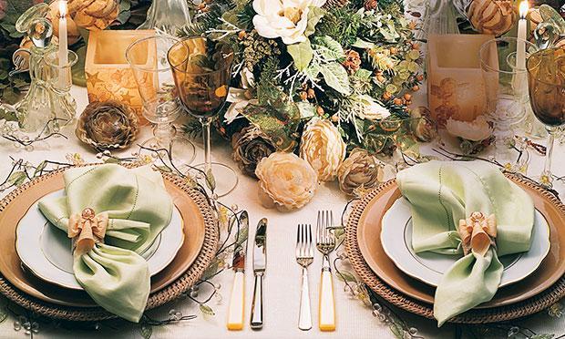 Arrume a sua mesa de Natal de modo lindo (Foto: Mdemulher)