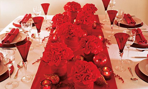 Decore a mesa para o Natal (Foto: Mdemulher)
