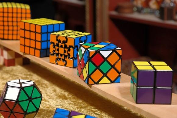 Chegou a hora de conhecer os segredos do cubo mágico. (Foto Ilustrativa)