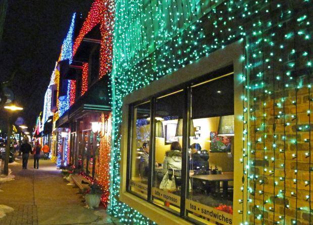 Lojas ficam iluminadas (Foto: Divulgação)