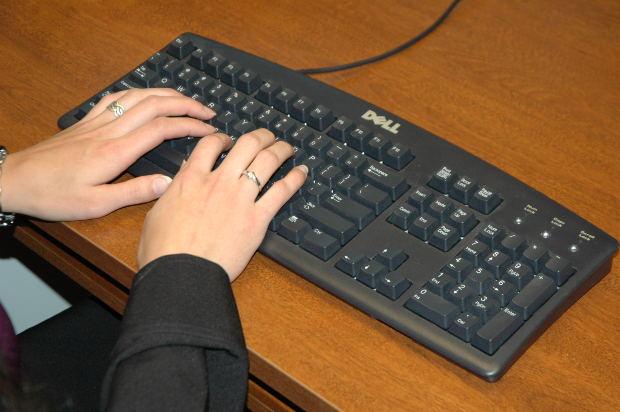 É fácil e ainda para inserir uma mensagem personalizada (Foto: Divulgação)