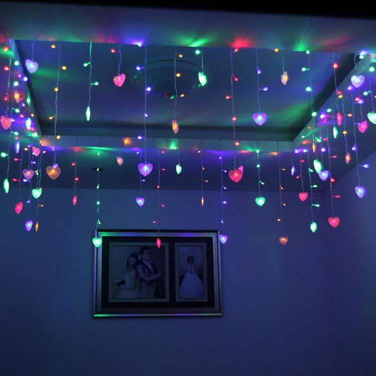 Existem diversos tipos de luminárias que você pode usar na decoração (Foto: Divulgação)