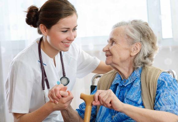 Curso de cuidador de idosos. (Foto Ilustrativa)