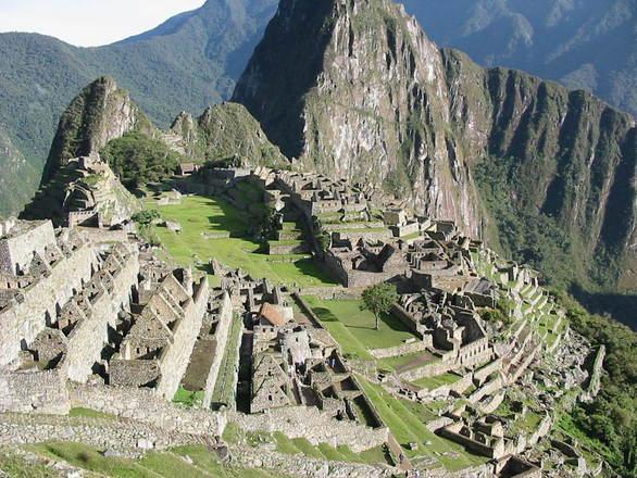 Centenas de turistas visitam a região (Foto: Divulgação)