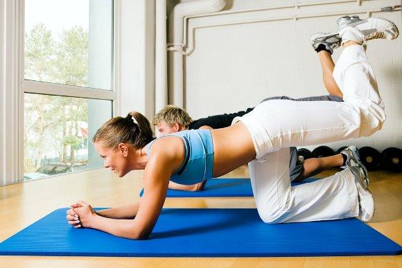 Posições corretas para cada exercício físico. (Foto Ilustrativa)