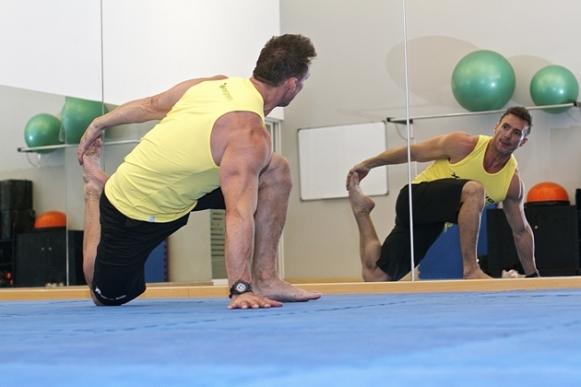 Procure manter posições corretas na hora de se exercitar. (Foto Ilustrativa)