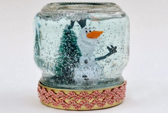 Globo de Neve com pote de vidro. (Foto Ilustrativa)