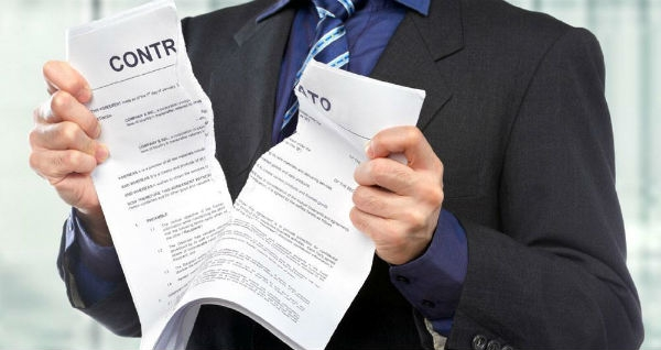 Em caso de dúvidas, o mais indicado é procurar um advogado de confiança para lhe prestar assistência. (Foto: Divulgação)