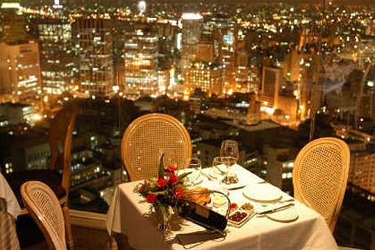 Restaurante é um convite para casais (Foto: Divulgação)