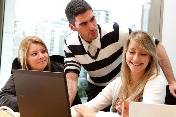 Os estudantes universitários podem se inscrever no processo seletivo. (Foto Ilustrativa)