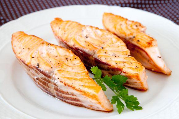 Rico em ômega, o salmão também é considerado um alimento termogênico (Foto Ilustrativa)