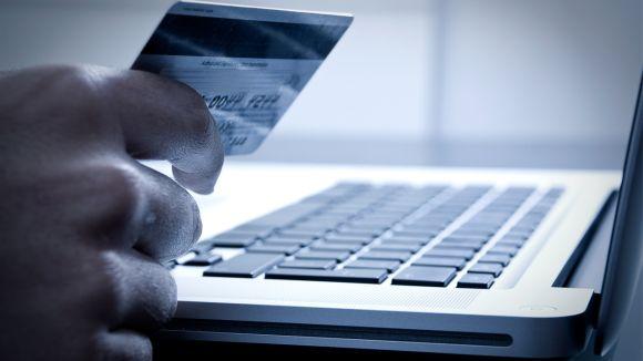 Antes de fazer as compras online, não deixe de verificar a procedência da loja virtual (Foto Ilustrativa)
