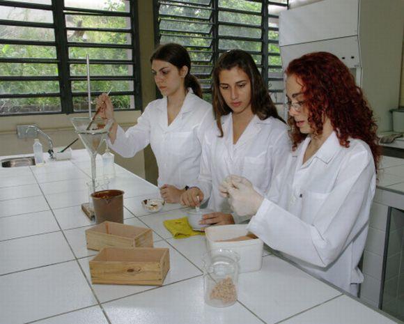 Curso Técnico em Química (Foto Ilustrativa)