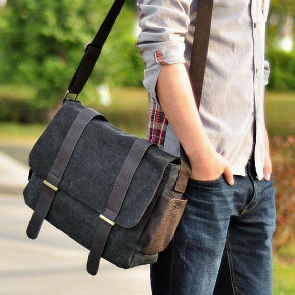 A tradicional bolsa carteiro (Foto Ilustrativa)