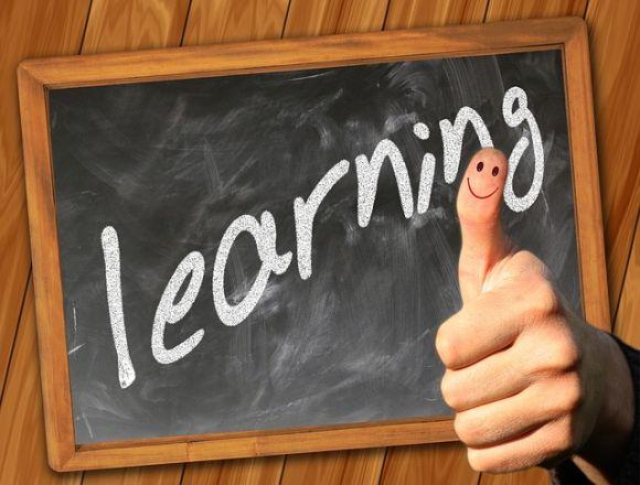 Também há vagas para cursos de idiomas (Foto Ilustrativa)