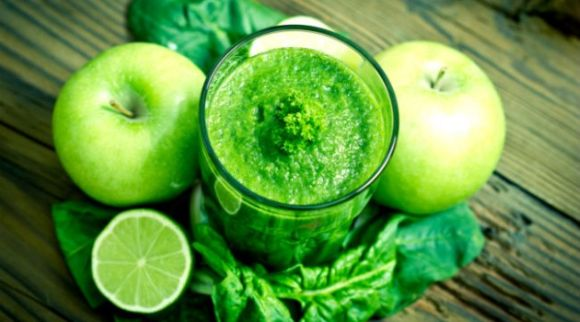 Suco verde com maçã (Foto Ilustrativa)