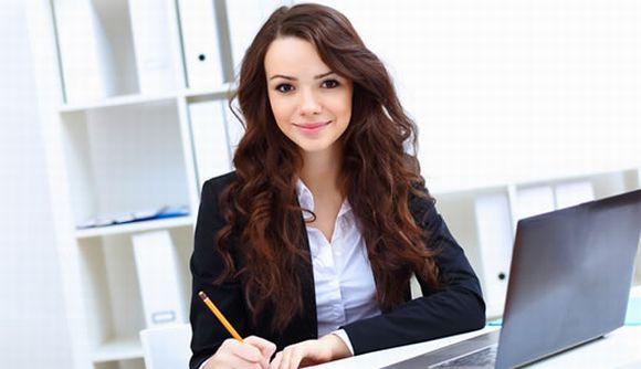 Também há vagas para o curso gratuito de Assistente Administrativo (Foto Ilustrativa)