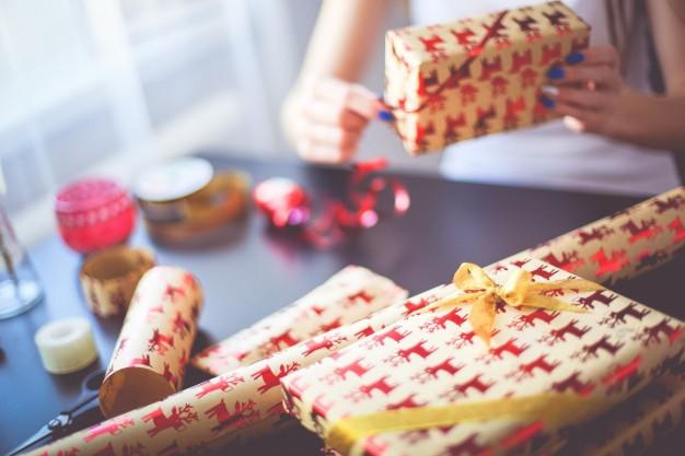 5 formas de passar o Natal sem dinheiro e feliz