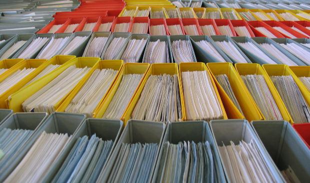 Nos órgãos municipais, geralmente, é preciso fazer o pedido antes. (Foto: Divulgação)