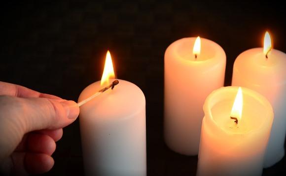 Essas velas se encarregam de atrair energias positivas. (Foto Ilustrativa)