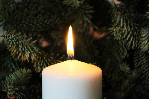 A vela de sete dias pode ser usada em diferentes situações. (Foto Ilustrativa)