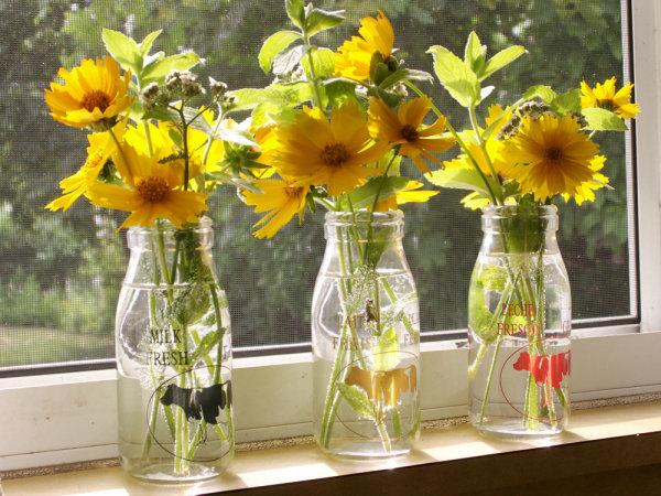Flores são sempre bem-vindas na decoração (Foto: Site Abril)