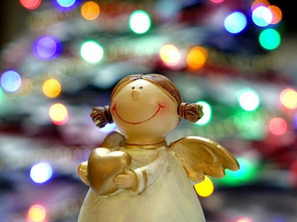 Incremente a decoração com enfeites natalinos. (Foto Ilustrativa)
