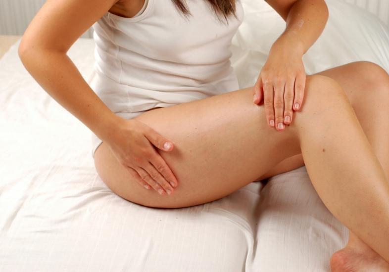 Hidrate a região e cuide das pernas (Foto: Divulgação)