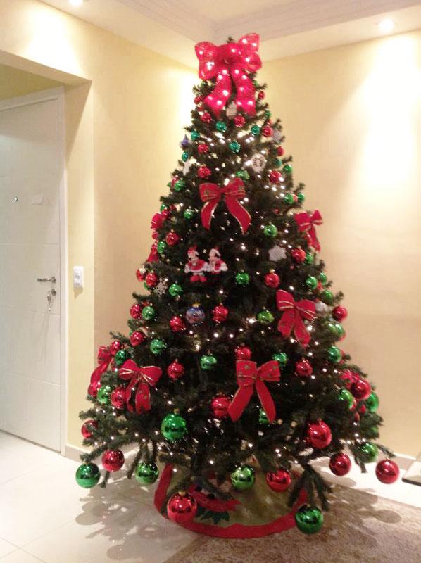 decorar uma arvore de natal : decorar uma arvore de natal:Lacinhos em sua árvore de Natal (Foto: Divulgação)