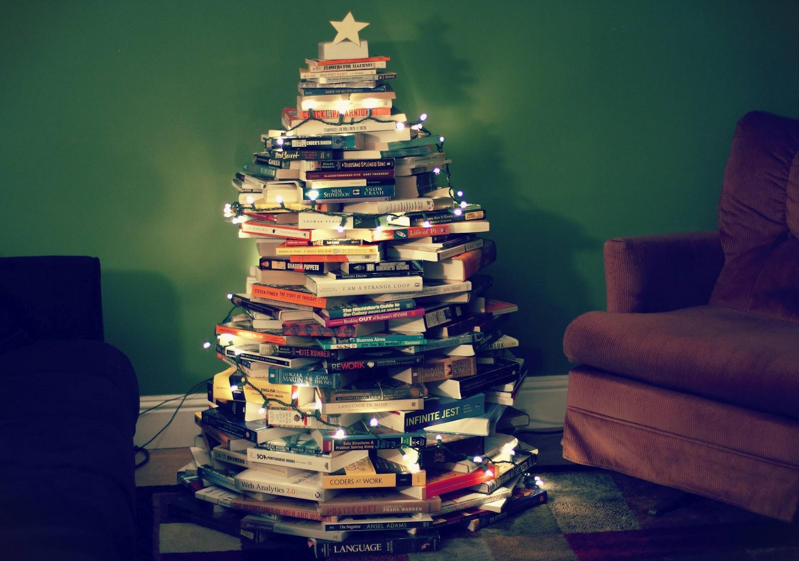 Árvore de livros (Foto: Divulgação)