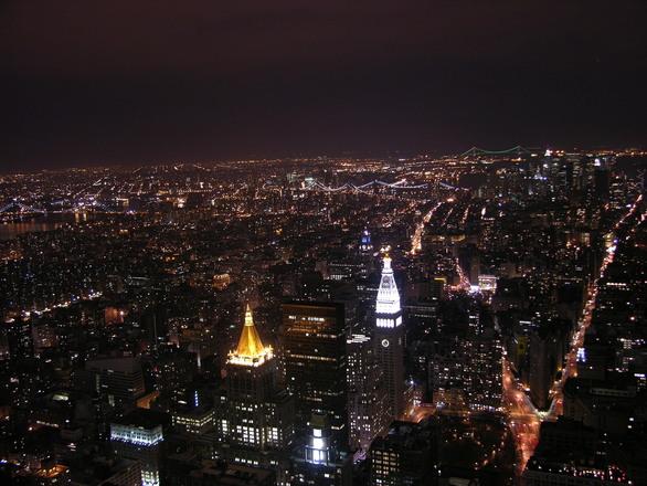 Cidade ficam com um brilho na hora da chegada do ano novo (Foto: Divulgação)