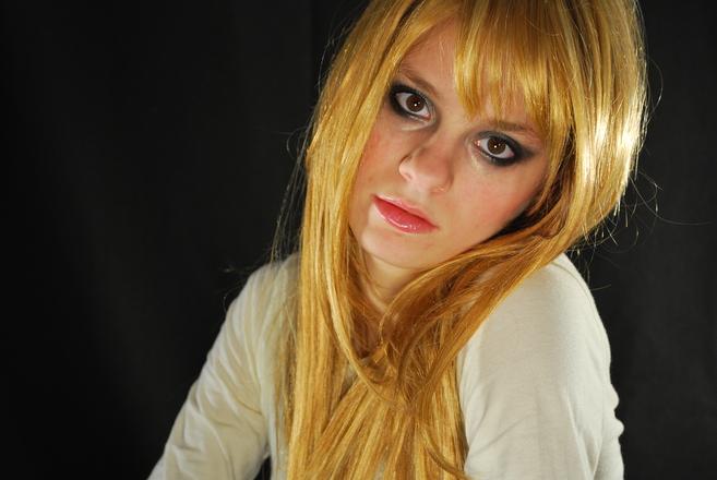 Existem alguns truques para loiras e morenas realçarem sua beleza e cabelo (Foto: Divulgação)