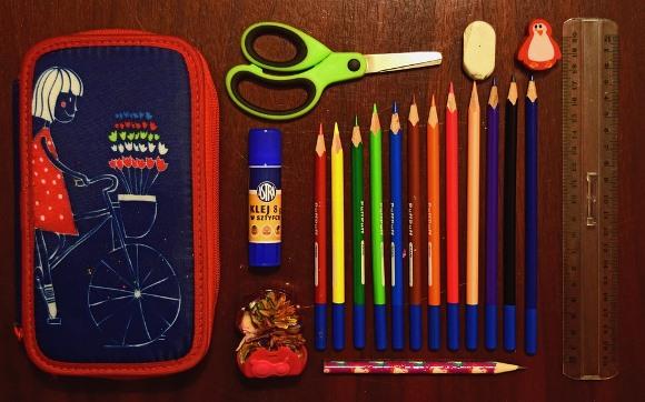 Compre o material escolar da criança com antecedência. (Foto Ilustrativa)